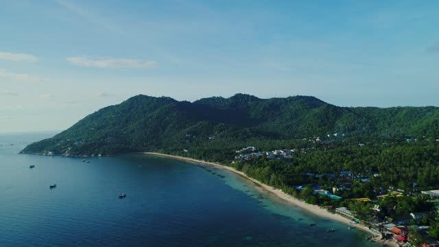 白い砂浜コタオ島タイの空中写真 - サムイ島点の映像素材/bロール
