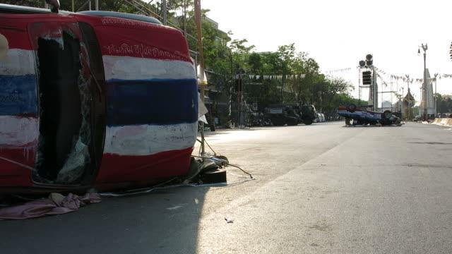 nach dem konflikt der demonstration in thailand - thailändischer abstammung stock-videos und b-roll-filmmaterial