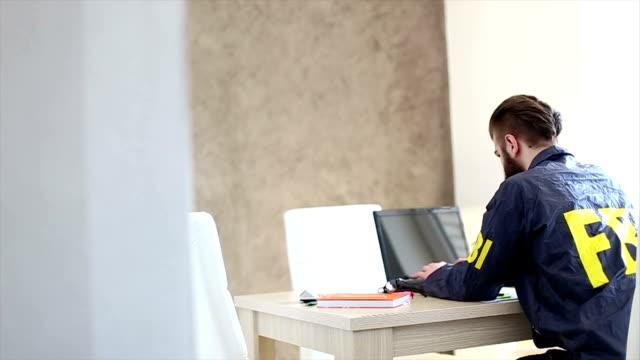 fbi 代理店、オフィス - スパイ点の映像素材/bロール