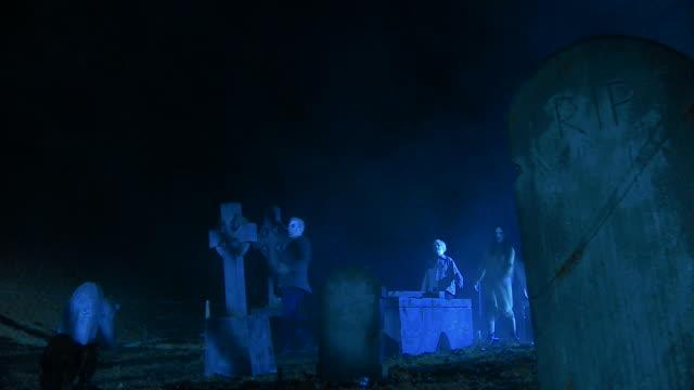 HD CRANE: Aggressive Zombie video