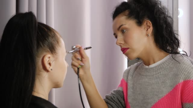 Airbrush professional makeup