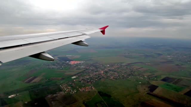 Aircraft approaching landing video