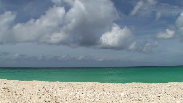 Airplane beach in St Maarten video