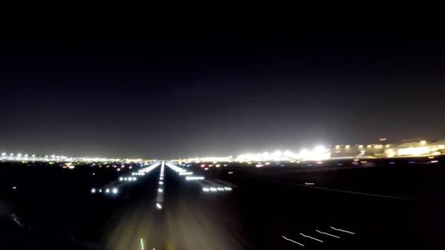 飛機起飛迪拜 (航空器視角射擊) - 航拍 個影片檔及 b 捲影像
