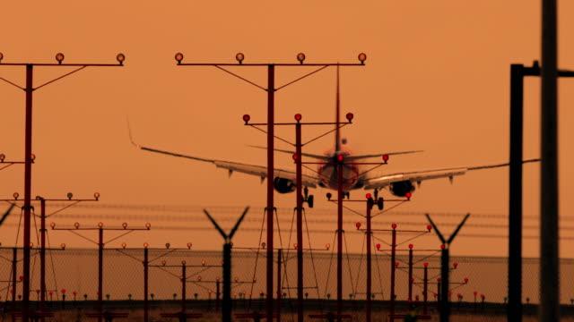 Airplanes Landing video