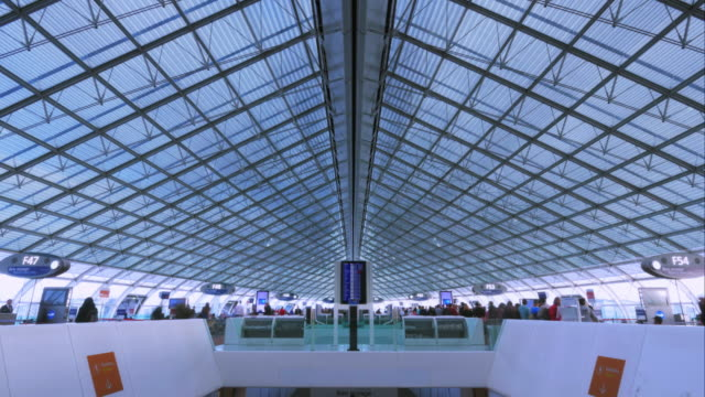 4K airport timelapse - passengers boarding in the planes video