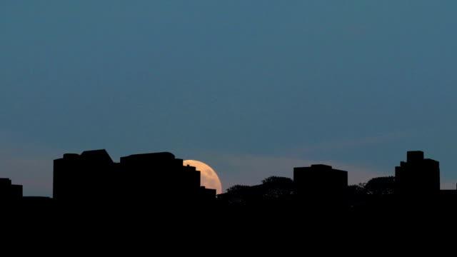 alabama huntsville moonrise - alabama stok videoları ve detay görüntü çekimi