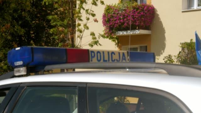 alarm ışığı, diyot, bir polis arabası polonya çatısı sireni - polonya stok videoları ve detay görüntü çekimi