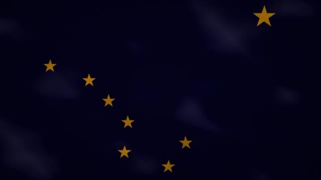 vídeos y material grabado en eventos de stock de alaska denso tela de la bandera ondeers, bucle de fondo - estrella del norte