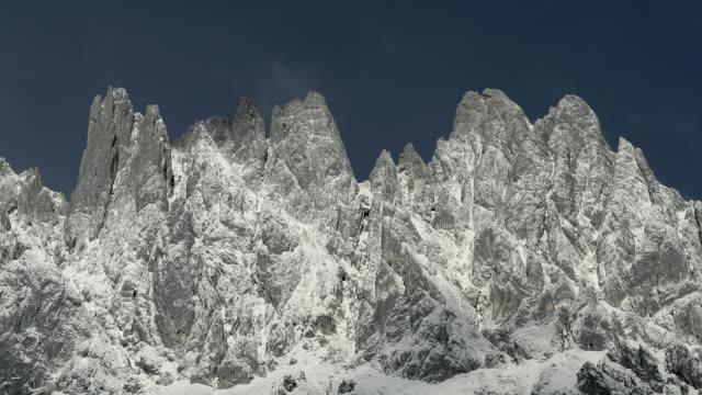 alpine landscape with the hochkönig, hiking area, alps, mühlbach, salzburger land, austria, europe - eisklettern stock-videos und b-roll-filmmaterial