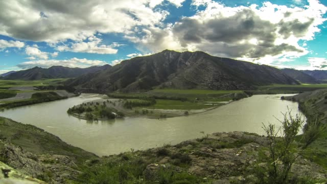 Altai. Confluence of rivers Chuya and Katun. An elder's face. video