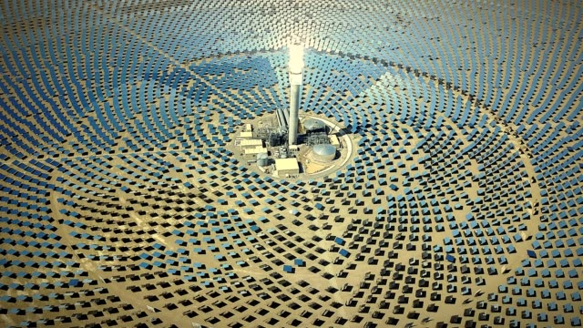 alternative energy solar thermal power station - clima video stock e b–roll