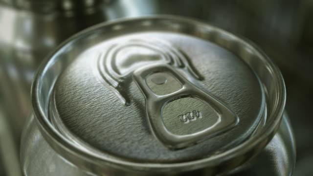 Aluminium-Dosen Produktion. Endlosschleifen. – Video
