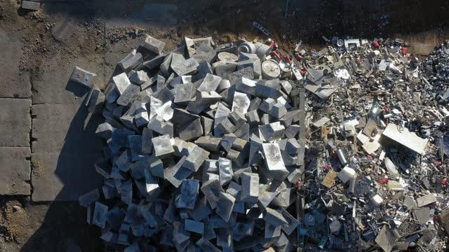 アルミニウム - 原材料 - 原料回収 - アルミニウムインゴット - 未加工点の映像素材/bロール
