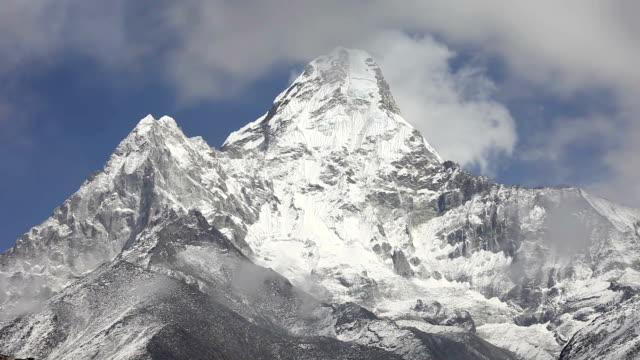 Ama Dablam timelapse, Nepal video