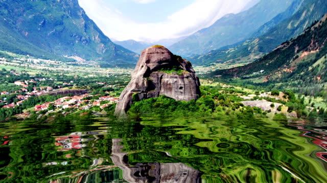 fantastiska berg återspeglas i vattnet - high dynamic range imaging bildbanksvideor och videomaterial från bakom kulisserna