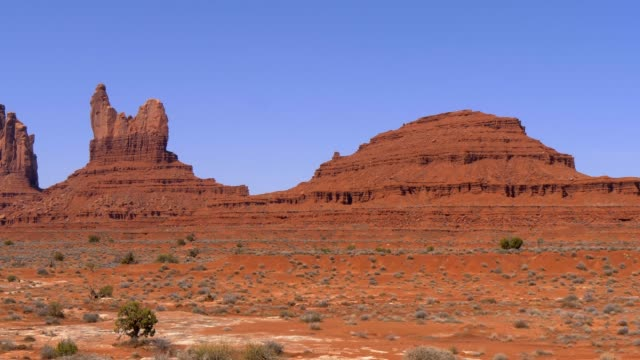 Amazing rock sculptures at Monument Valley