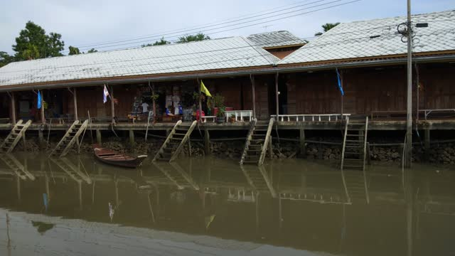 Amphawa floating Market and thai cultural for tourist destination.