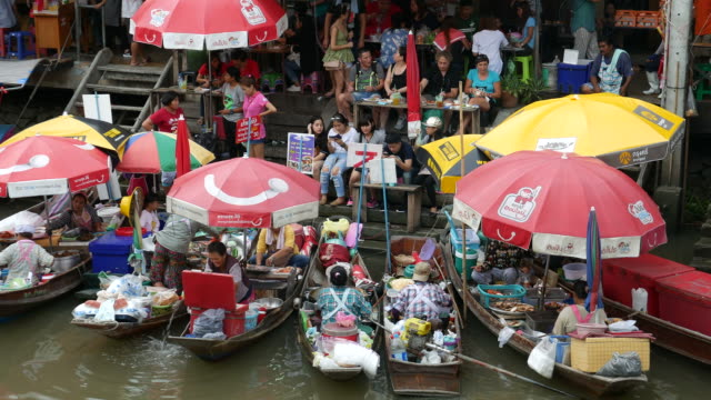 Amphawa Floating Market, Thailand video