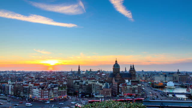 amsterdam 4k sunset skyline timelapse - amsterdam video stock e b–roll