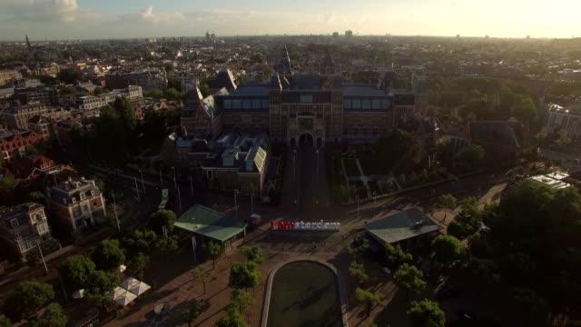 amsterdam flyg stadsbilden, nederländerna - drone amsterdam bildbanksvideor och videomaterial från bakom kulisserna