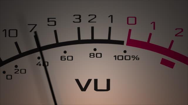 vídeos y material grabado en eventos de stock de medidor de volumen analógico (medidor vu). - disco audio analógico