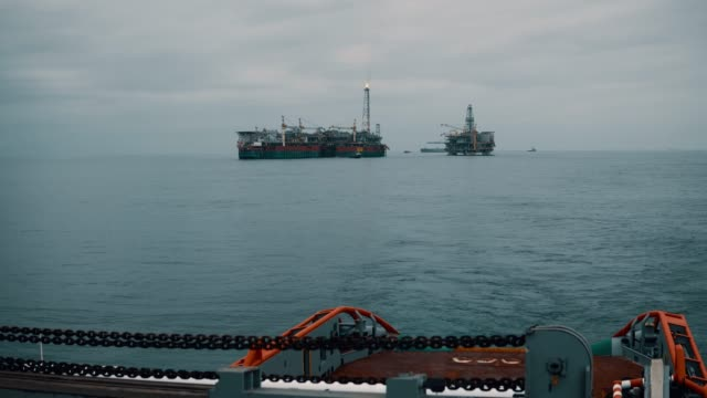 Anchor-handling AHTS vessel during dynamic position operations video