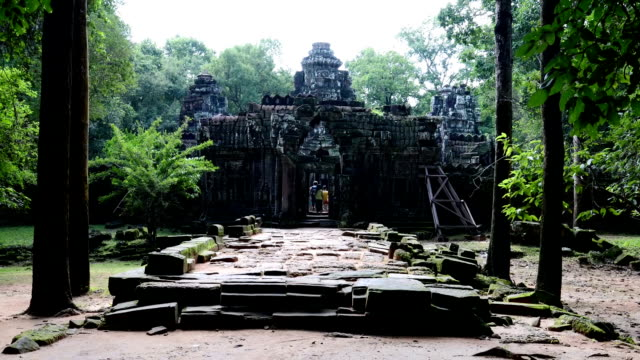 Ancient buddhist khmer temple in Angkor Wat, Cambodia. Ta Som Prasat video