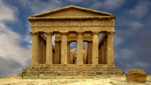 ancient greek temple of concordia (v-vi century bc), valley of the temples, agrigento, sicily. the area was included in the unesco heritage site list in 1997 - greek architecture stock videos & royalty-free footage