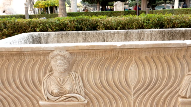ancient Roman sarcophagi video