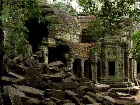 antike ruinen von angkor - kambodschanische kultur stock-videos und b-roll-filmmaterial