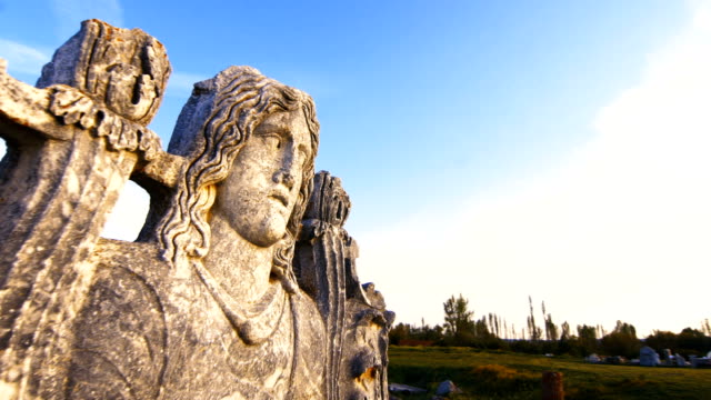 eski tapınak aizanoi - unesco stok videoları ve detay görüntü çekimi