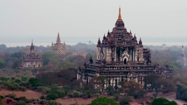 ancient temples in bagan, myanmar - tempio video stock e b–roll