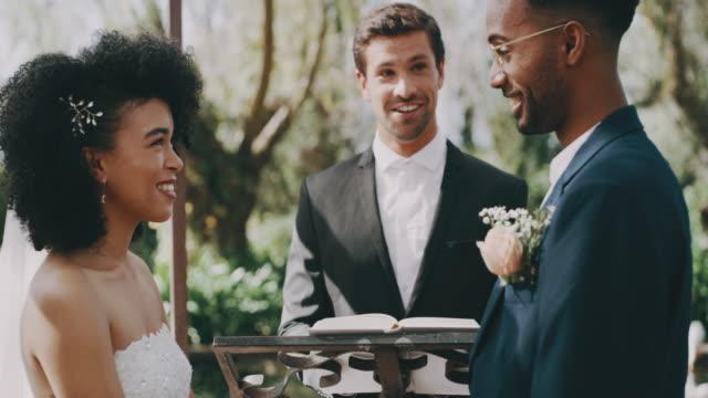 vídeos de stock, filmes e b-roll de eu faço - casamento