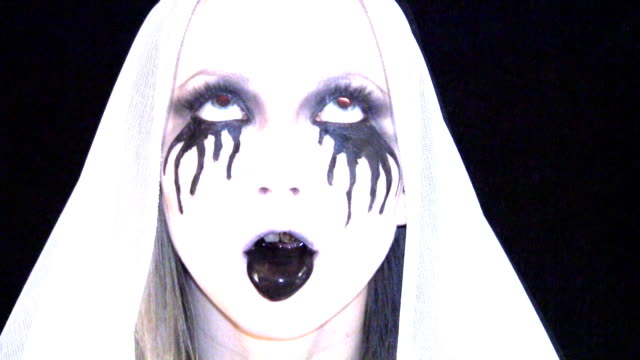 Ange Demon 2 - Vidéo