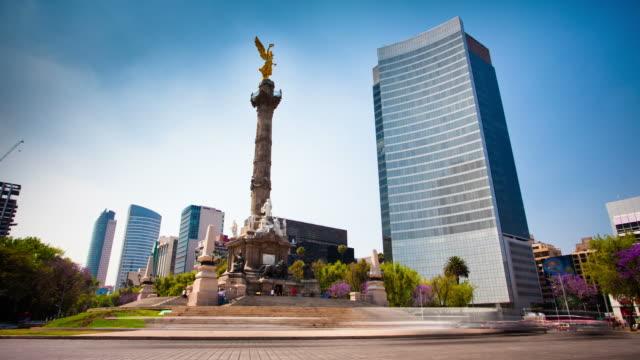время lapse: ангел независимости в мехико - город мехико стоковые видео и кадры b-roll