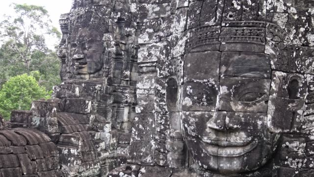 4k,吳哥洞。柬埔寨著名的地標,有寧靜的石頭面。 - 東南 個影片檔及 b 捲影像