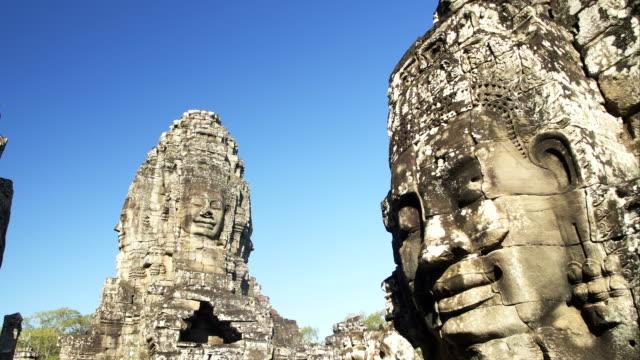 angkor wat temple statue - obiekt światowego dziedzictwa unesco filmów i materiałów b-roll