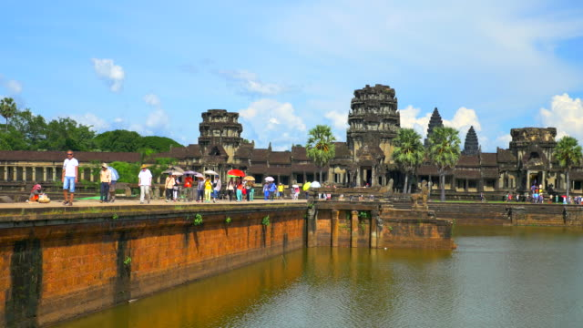 angkor wat - kambodschanische kultur stock-videos und b-roll-filmmaterial