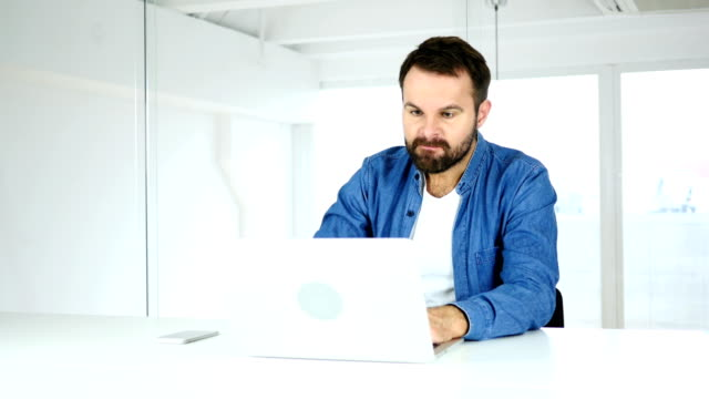 Angry Man Working on Laptop in Office, Irritation video
