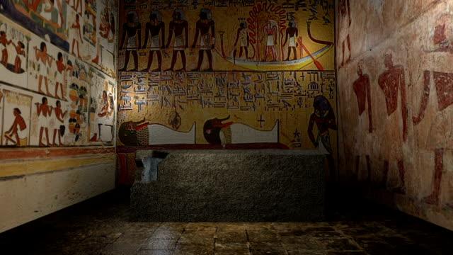 animerade farao tomb i forntida egypten med att stänga dörrar. 3d-rendering - väggmålning bildbanksvideor och videomaterial från bakom kulisserna