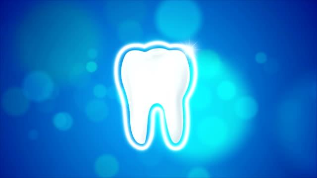 Animação de 4K limpar e sujar o dente para clareamento e proteção aura saudável oral conceito - vídeo