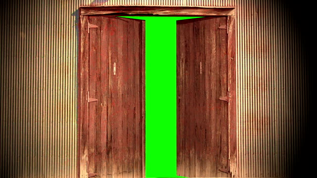 vídeos y material grabado en eventos de stock de animación - ordenador genera animación de una vieja puerta de madera abre en pantalla verde. alta definición 1080p. - estilo de vida rural