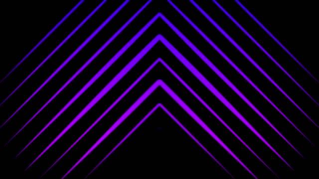 animering av flerfärgade pekare som består av neontrianglar som rör sig upp på den svarta bakgrunden. animation. neon flerfärgade geometriska former och linjer bakgrund - på gränsen bildbanksvideor och videomaterial från bakom kulisserna