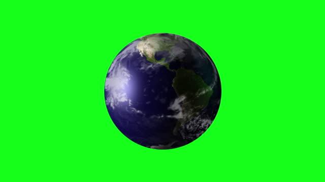 vídeos de stock e filmes b-roll de 4k animation of spinning earth on green screen bg - green world