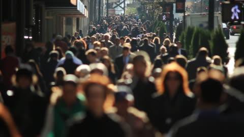 anonimo rallentatore folla di new york - people video stock e b–roll