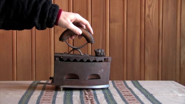 vídeos y material grabado en eventos de stock de antigüedades de plancha - árboles genealógicos