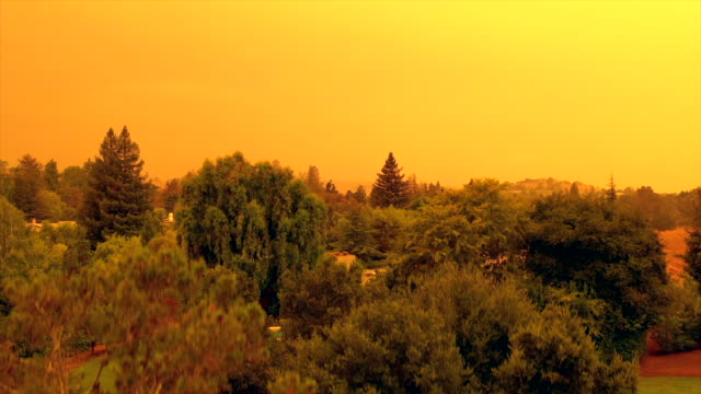 Apocalyptic orange sky over the San Francisco Bay Area on 09.09.2020 due to wildfires in California and Oregon