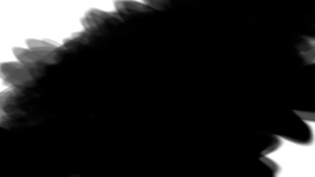 erscheinen und verschwinden von steinkohle hand gezeichnete diagonale linien für den einsatz in übergänge zwischen video im overlay-modus - kreide weiss stock-videos und b-roll-filmmaterial