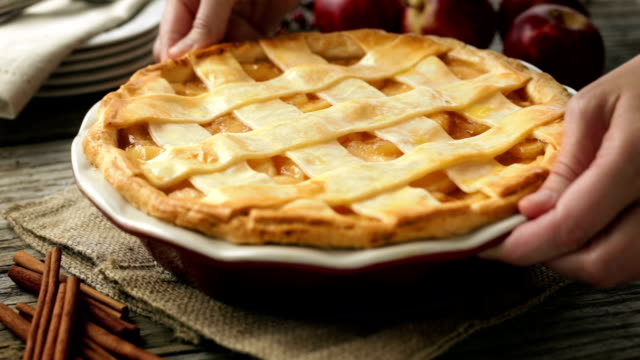 Apple Pie video